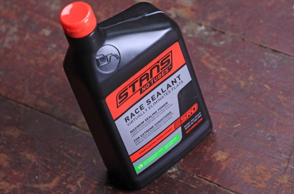 stans-no-tubes-race-sealant.jpg