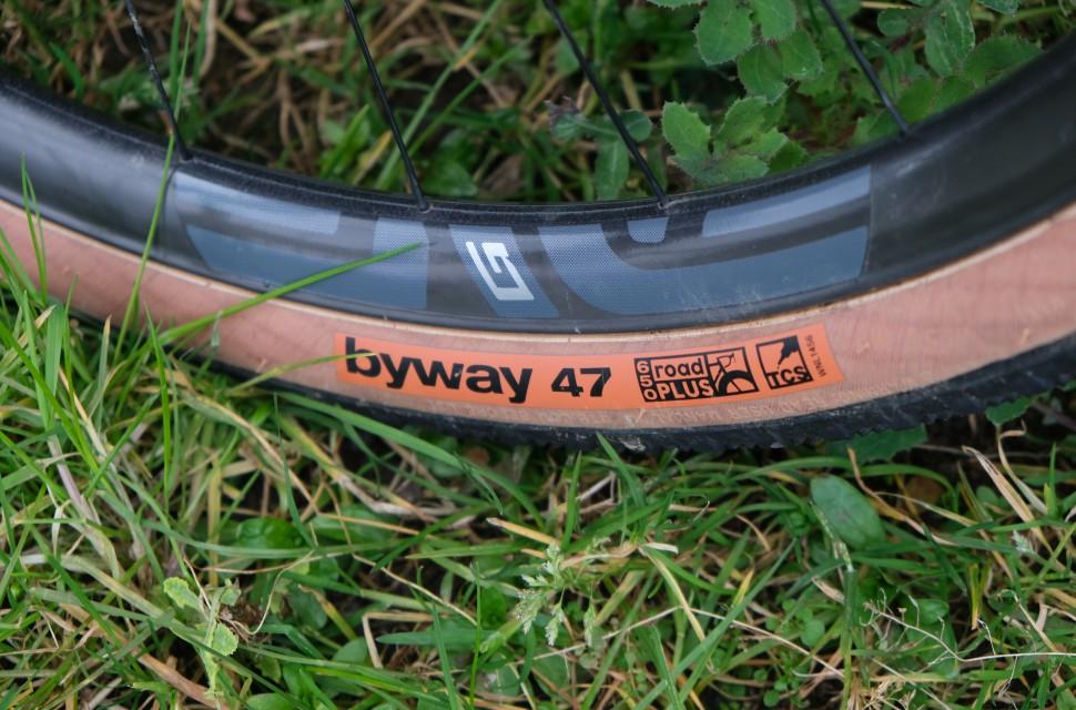 wtb byway tyre4.JPG