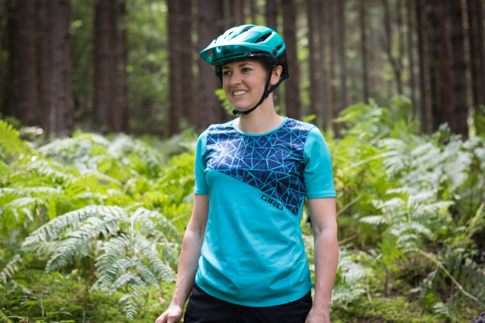 Giro Roust Women/'s Cycling Jersey Medium Short Sleeve Black Mountain MTB